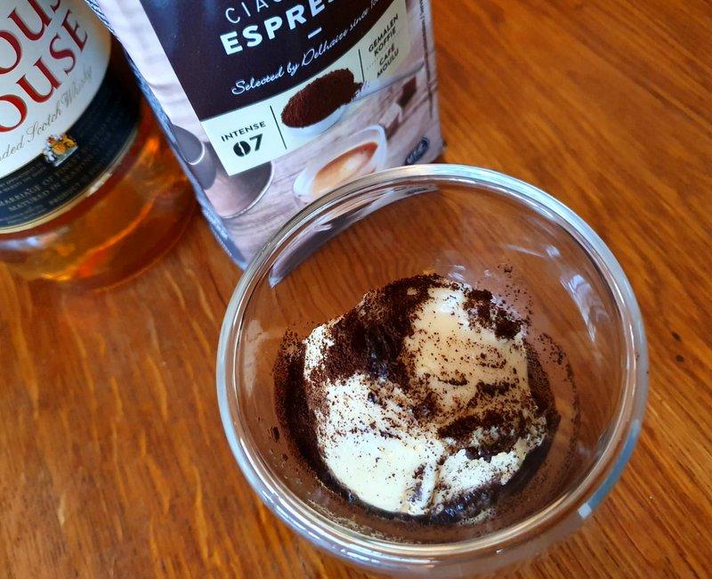 gelato, ice cream, recipe, easy, Gelato Spazzacamino, Chimney Sweep's gelato